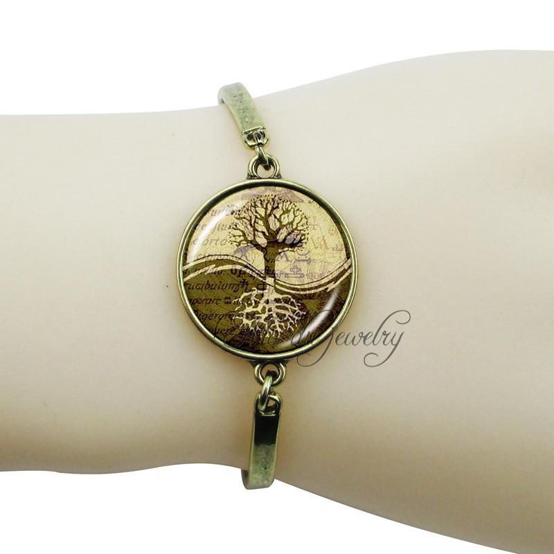 7244d7bffb11 Vintage Cruz yin yang colgante de encantos de árbol de la vida joyería de  tai chi yin yang árbol pulsera para los hombres y las mujeres joyería de  moda