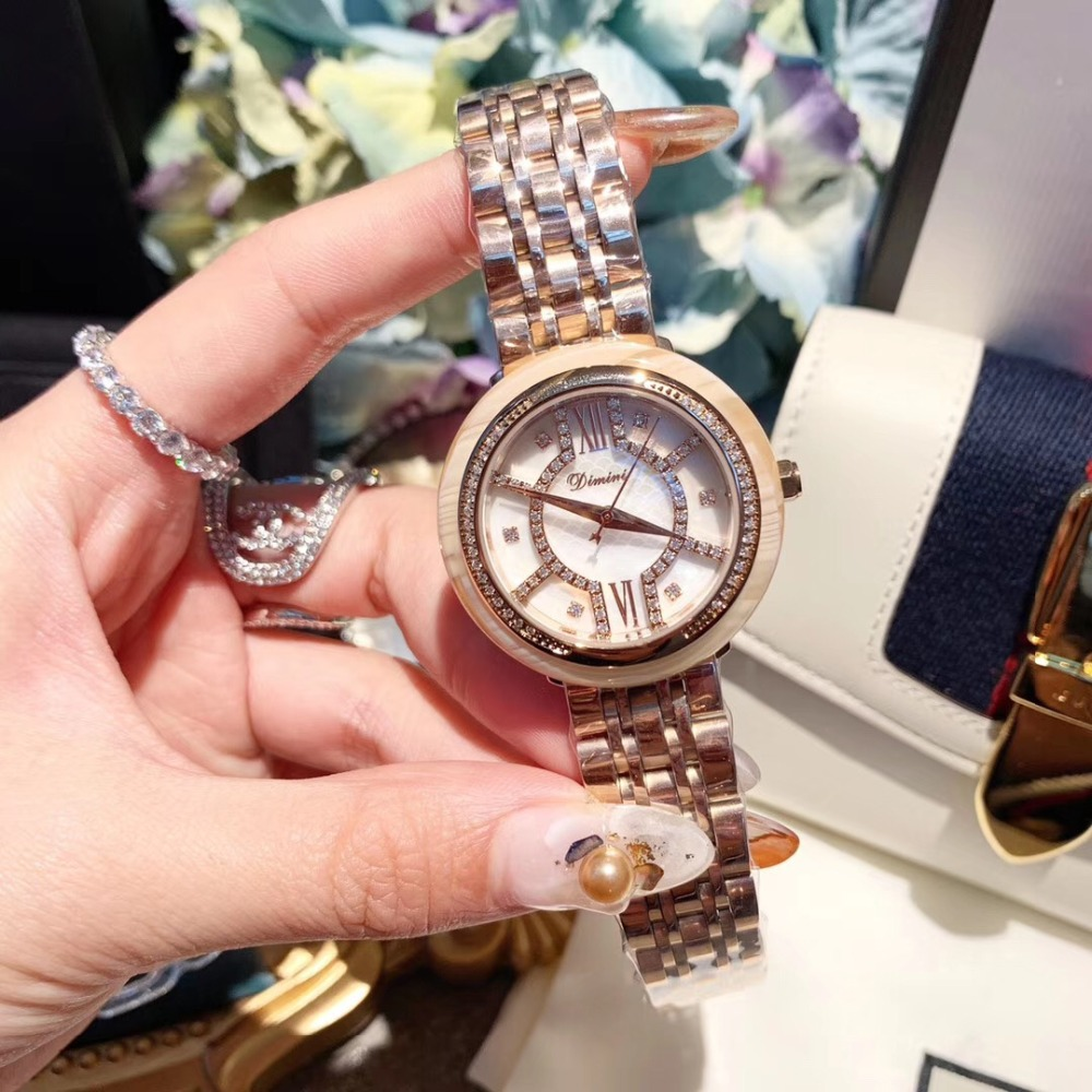 Classic Women Rose Gold Bracelet Watches Creative Square Face Stainless Steel Wrist watch Quartz Crystals Watch 30M WaterproofClassic Women Rose Gold Bracelet Watches Creative Square Face Stainless Steel Wrist watch Quartz Crystals Watch 30M Waterproof