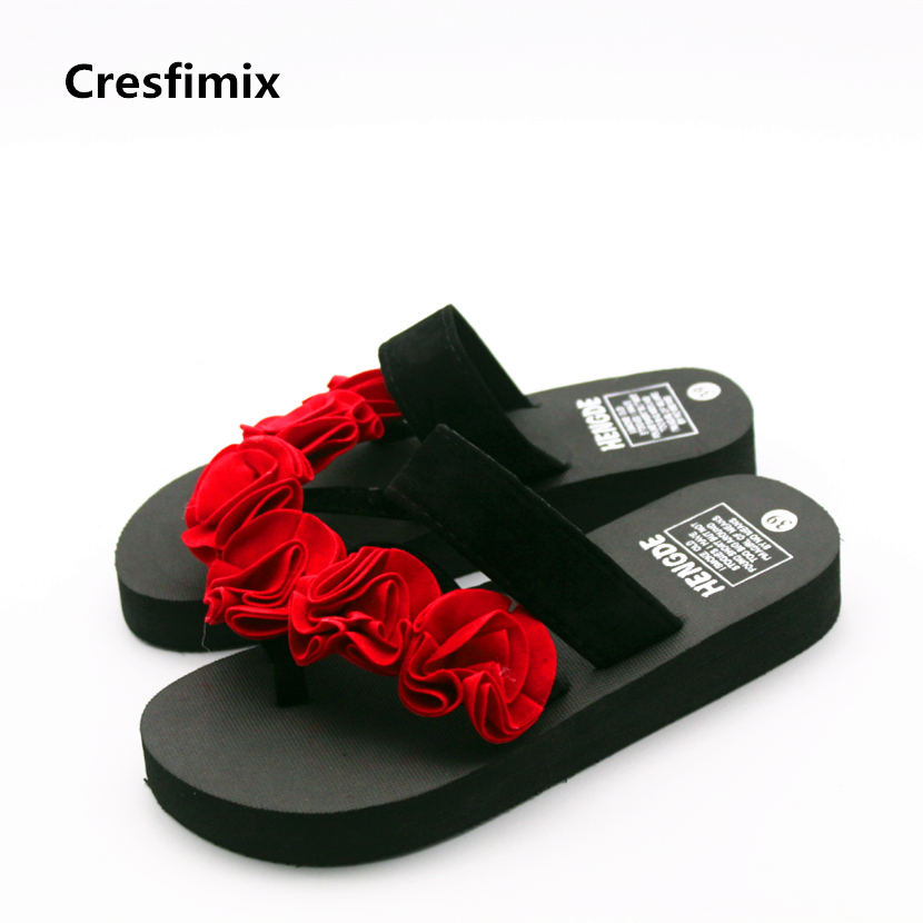 Cresfimix women casual floral eva flip flops lady cute and comfortable flower flip flops female cool 3cm heel outside flip flops домашние костюмы flip перевод