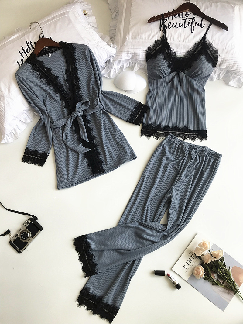 2018 New Women   Pajamas     Sets   3 Pieces Knitted Cotton Female Sexy Lace Winter   Pajamas     Set   Robe+Vest+Pants Pijama with Chest Pads