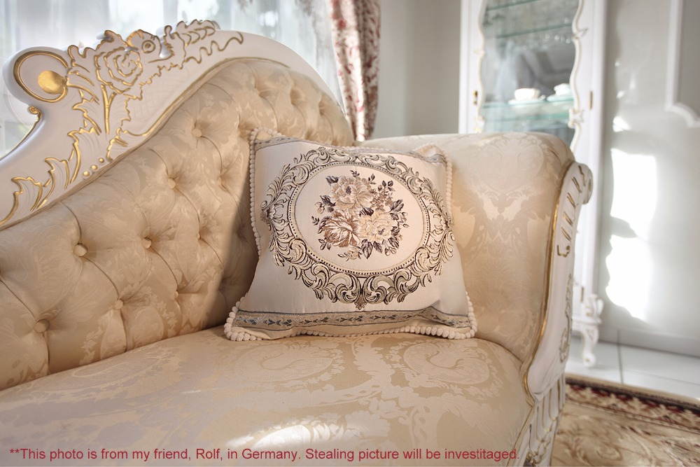CC77_cushion_online