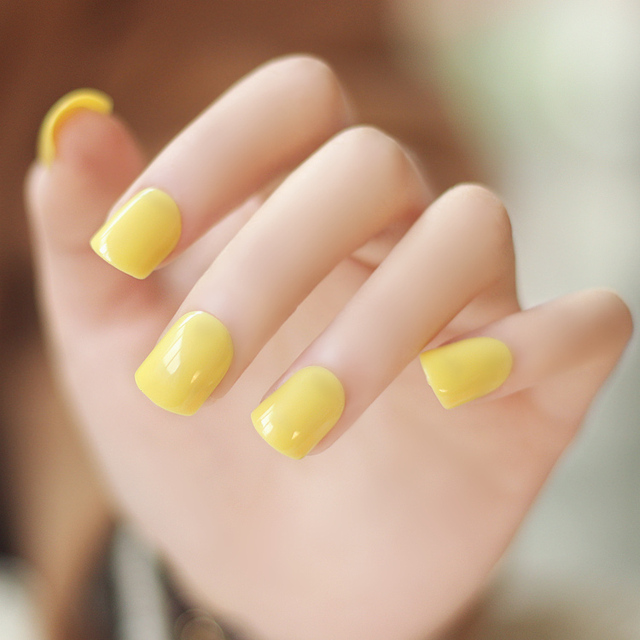 High Quality Pure Color Series Light Yellow False Nails Set Cute Fake Short Size