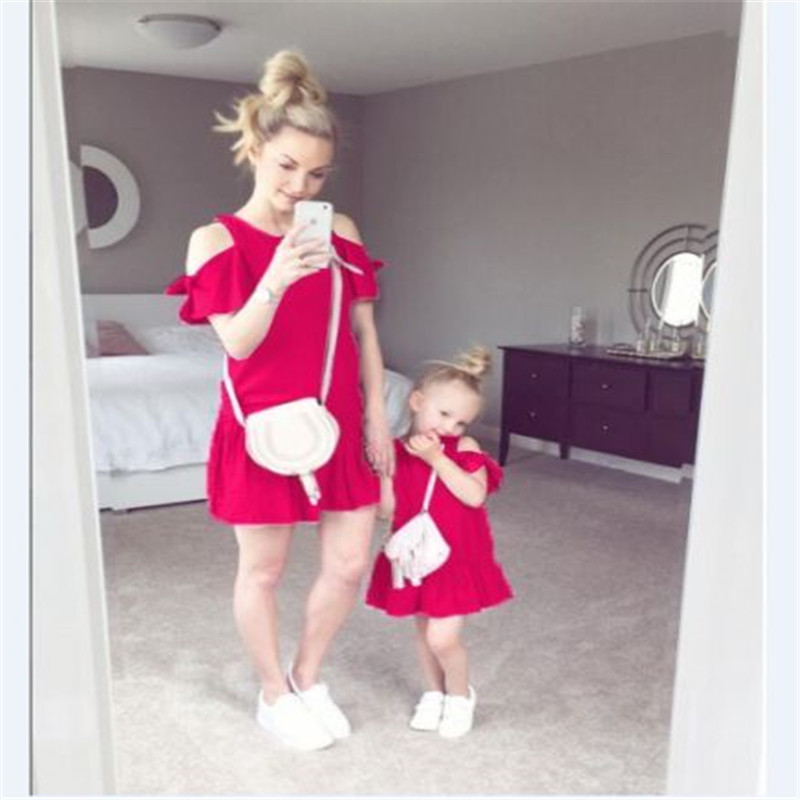 Mother Daughter Dresses Summer Family Matching Clothes Mom Girls Off-shoulder Dress Vestidos Short Sleeve Dress For Family Look