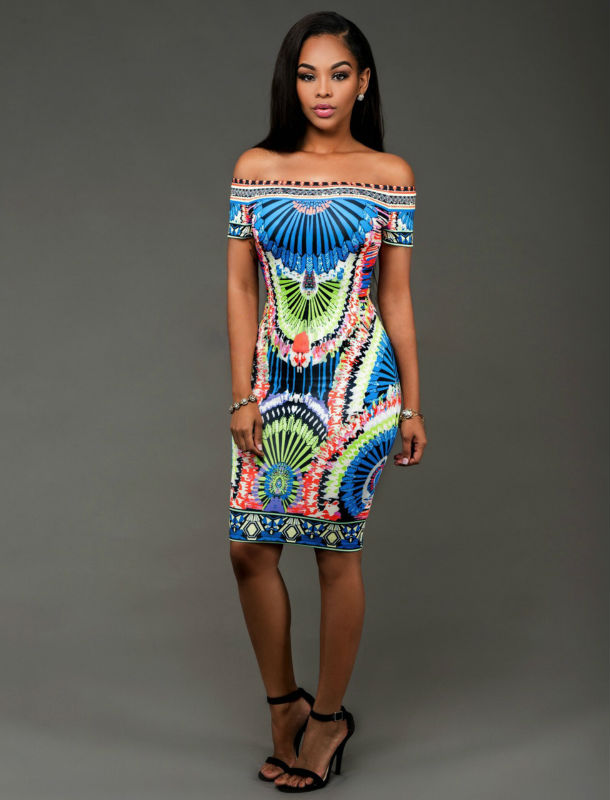 73287e9e8200c الأوروبية أزياء الطباعة الرقمية فساتين مائل الرقبة ضمادة bodycon اللباس المرأة  مثير نادي اللباس L6667