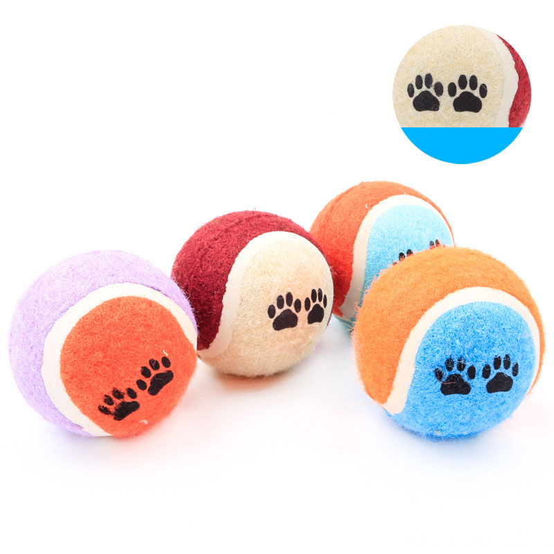 Training pet footprints tennis ball Multicolor puzzle dog pet toys Random colors shipped