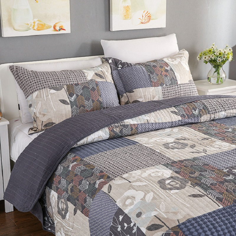 American Quality Patchwork Bedspread Set 3PCS bedding cotton Quilts Aircondition Bed Covers Super King Size Quilt Set Coverlet-in Quilts from Home & Garden    1