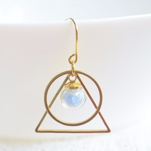 цена на a Pair Blue Luminous Sand Glow In The Dark Round Triangle Geometry Long Copper Drop Earrings For Women Vintage Fashion Jewelry