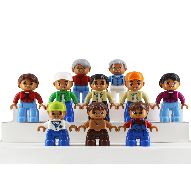 Toys For Mom And Dad : Family doll model set dad mom figure bricks big particles
