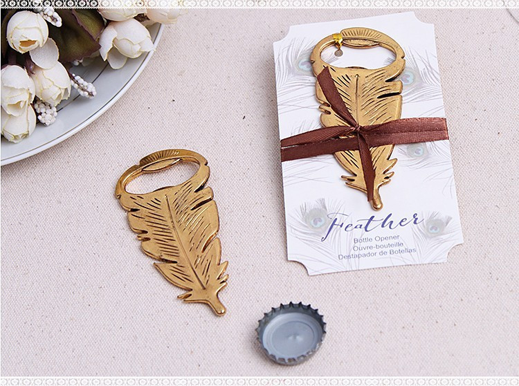Free Shipping Wedding Favor Gift And Giveaways For Man Guest Gilded Gold Feather Bottle Opener Party Keepsake 100pcs Lot