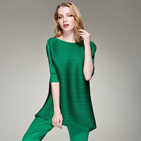 Spring Summer New 2019 Issey Miyake Women Round Neck T shirt High Stretch Folds Pleated Wrinkle Women's Tshirts Tops Tees Green