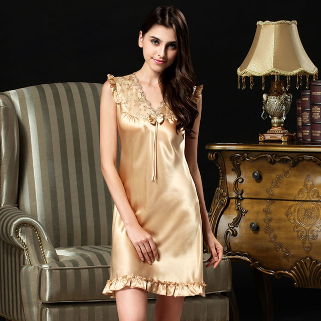 Hot Sale Nightdress Female Sleeveless Nightgowns Above Knee Sexy V-neck Natural Silk Lingerie Sleepwear Women Nightwear S289
