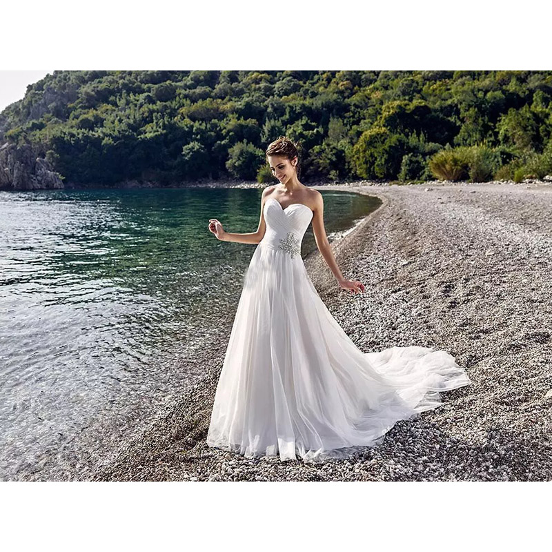 Simple Wedding Gowns 2017: Simple Beach Summer 2017 Wedding Dresses Sweetheart