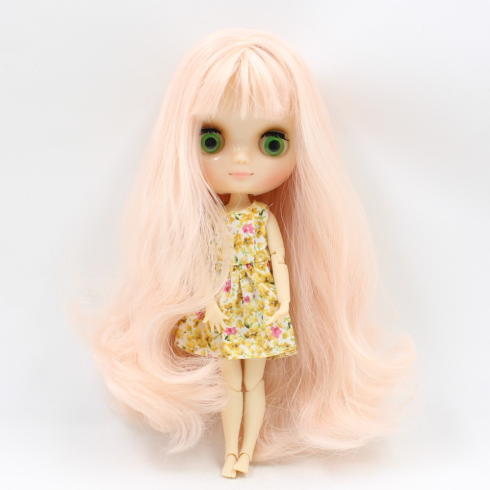Middie Blythe Doll with Pink Hair, Tilting-Head & Jointed Body 4