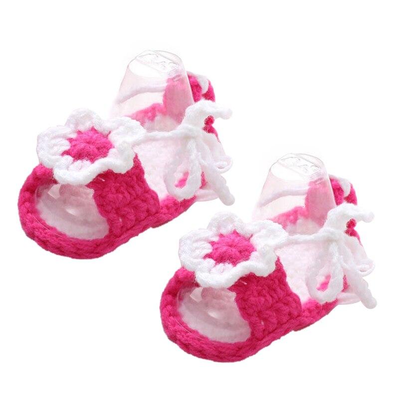 Ручной вязки для маленьких девочек пинетки, душа ребенка подарок, ребенок Опора новорожденных Prewalker