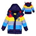 Розничная 2015 Новый зимой Дети Верхняя Одежда Пальто полосатый цвет мальчиков хлопка-ватник, Дети утка вниз пальто хлопка