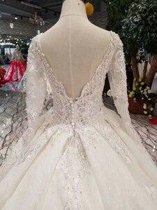 Image 4 - LSS486 высокое качество свадебное платье Королевский длинный шлейф V образный вырез длинный рукав блестящее платье для невесты свадебное платье 2020 новый модный дизайн