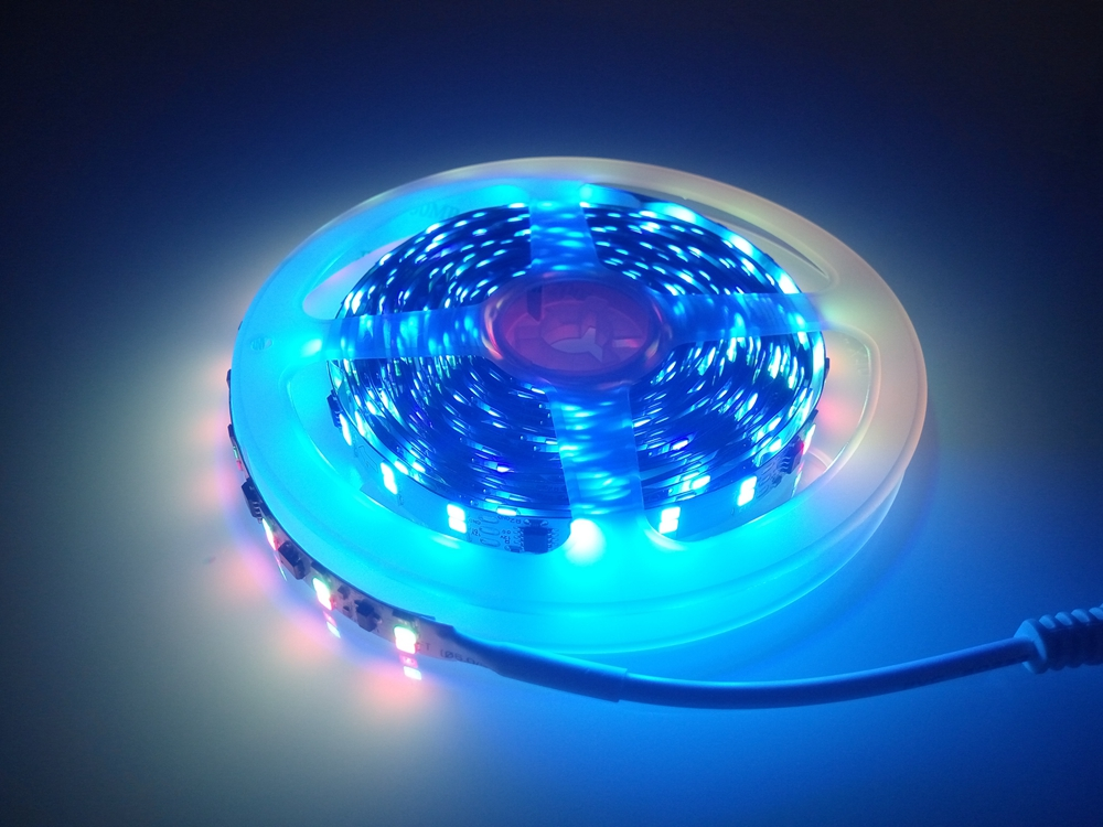 5M 2835SMD 180Led/m Symphony Three Row Led Strip,3528SMD RGB Flexible Led Light Comes With Symphony mode DC12V auxmart triple row led chips 12 led