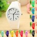 2016 mais recente Coreano-estilo aparência Senhoras relógio marca de luxo Das Mulheres de Esportes de Lazer Candy-colored Geléia Relógio Pulseira De Silicone