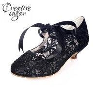 Creativesugar opacidad lace ribbon tie mujer med tacones bajos partido nupcial de la boda de baile negro blanco marfil madre de la novia zapatos