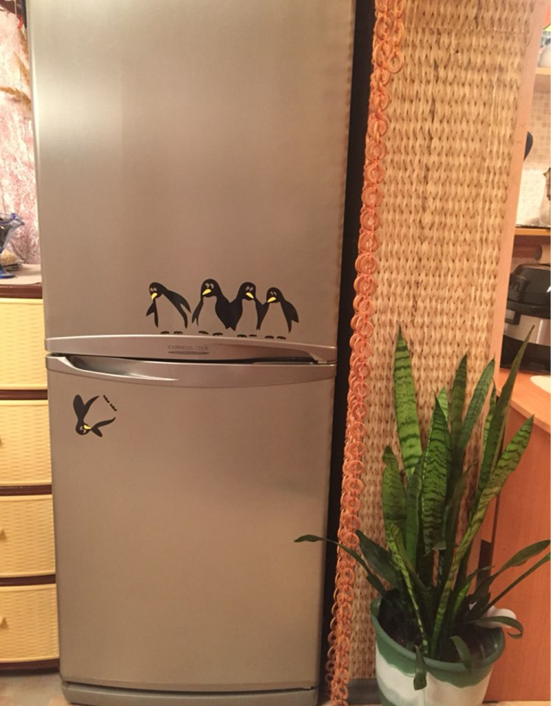 Funny Design Vinyl Fridge Sticker ,Cute Penguin Decals For Home Dining Room/Kitchen Decoration