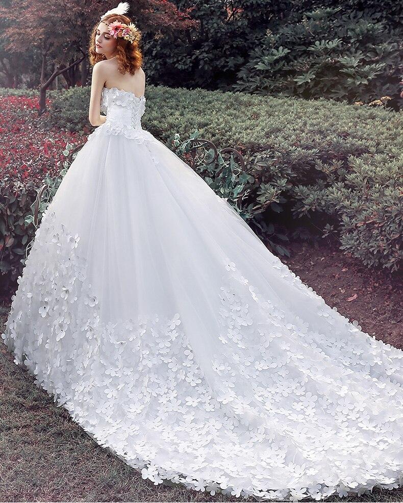 Garden Wedding Gowns: Luxury Strapless Garden Wedding Dresses 2019 New Arrival