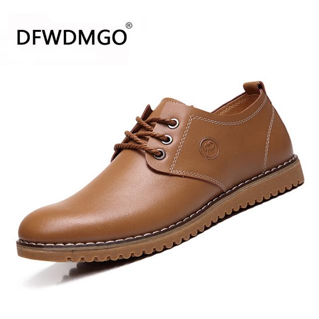 Sapatas dos homens 2015 Nova Moda em Couro Genuíno Casual Homens Oxford Shoes Men Flats Dropshipping Tamanho 38-46