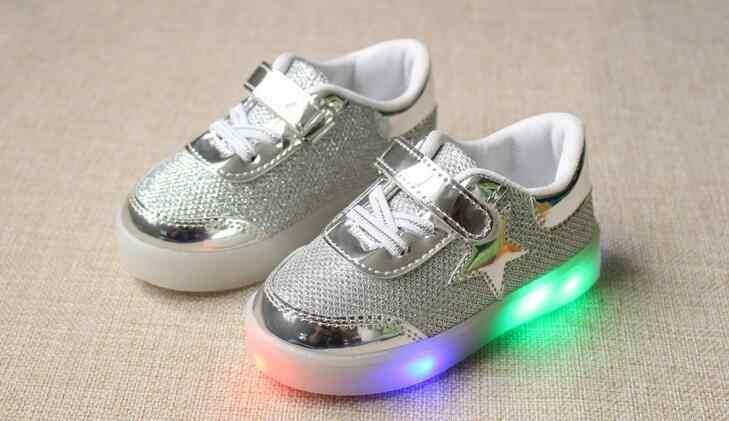 חדש זוהר סניקרס ילדים סניקרס טעינה זוהר מואר צבעוני LED אורות ילדי נעליים מזדמנים שטוח בנות ילד נעלי siz
