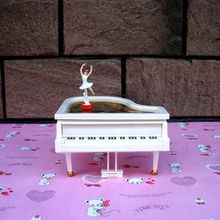 Fashion Piano Music Box Ring Box Creative Lovely Valentine's day Gift Beautiful Ballet Girl Rotate Music Box Birthday Gift