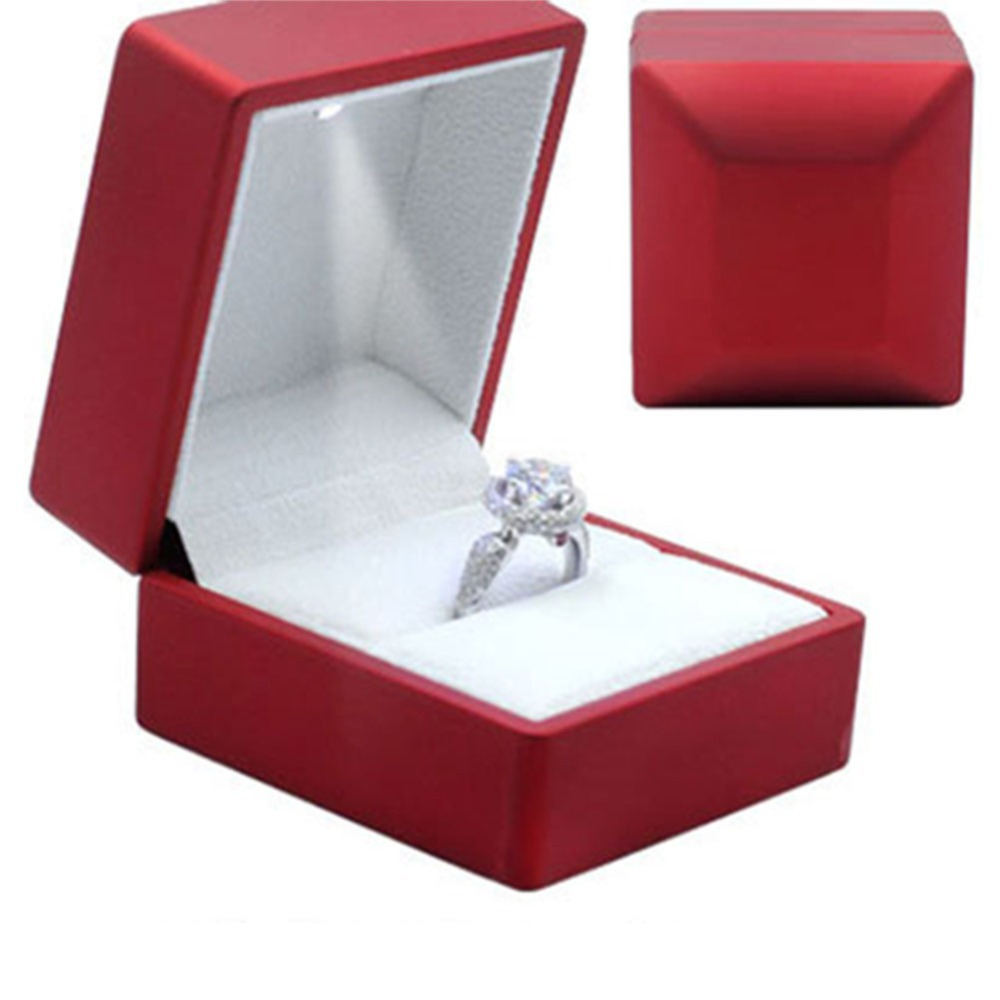 Luxury Solid Cherry Polish With Led Light Single Engagement Jewelry Ring Box Free Shipping In Packaging Display From Accessories On