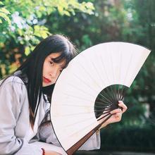Jedwab biały chiński składany wentylator wentylator ręczny drewniany bambus DIY malarstwo ręczne ślub sprzyja strona dekoracji kieszonkowe prezenty Home Decor