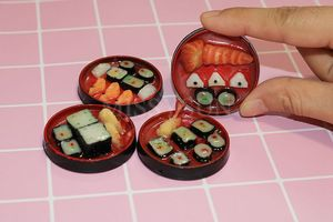 Image 3 - 2PCS1/6 Scale Miniature Janpanese Sushi Rice Roll for Dollhouse Decor Pretend food for blyth Barbies bjd dollhouse kitchen toys
