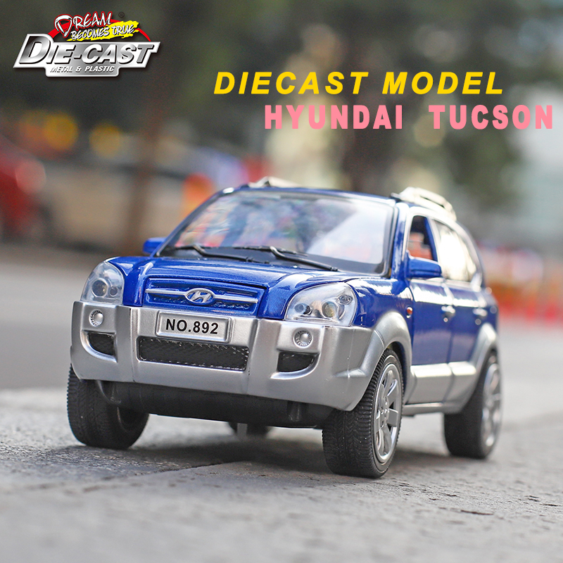 Diecast Hyundai Tucson 1/24 Scale Model Cars, Metal Toys For Children With Openable Door/Pull Back Function
