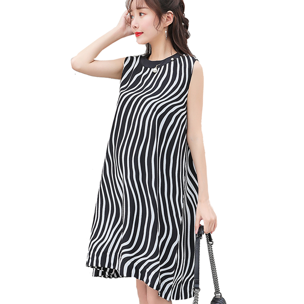 2018 New Fashion Women Maternity Dresses Summer Sleeveless White Black Striped Dress Loose Type Pregnancy Clothes Pregnant