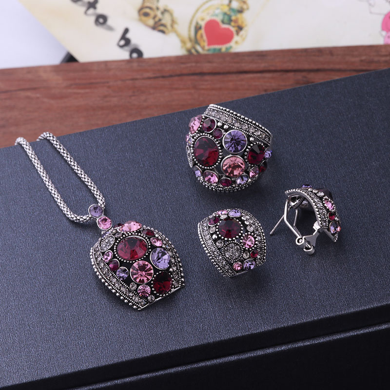 Sellsets Jewellery Antique Gold / Silver Color Vintage Jewelry Sets Green Crystal Necklace Stud Earrings And Ring Set For Women