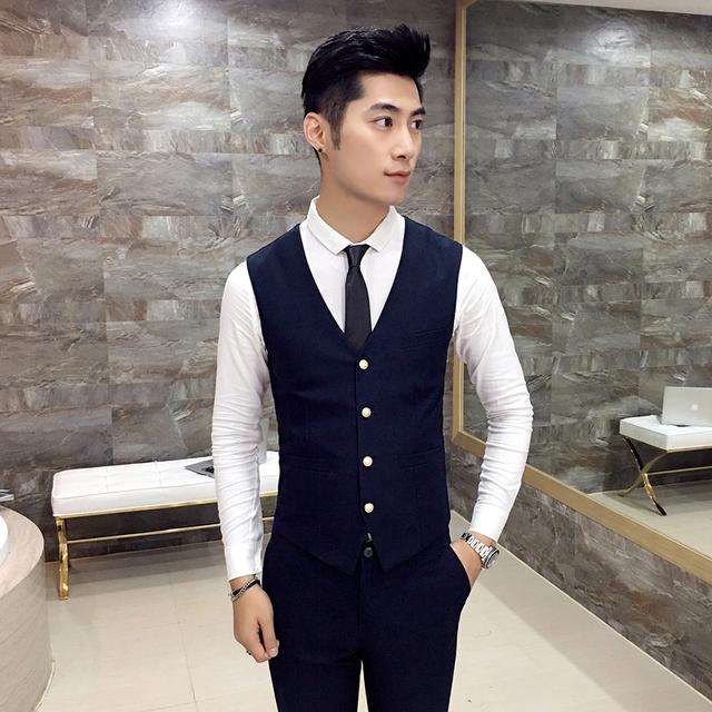 2017 Outono colete estilo Britânico retro vestido de festa da juventude dos homens Slim colete juventude roupas masculinas de negócios casuais de Alta Qualidade MJ58