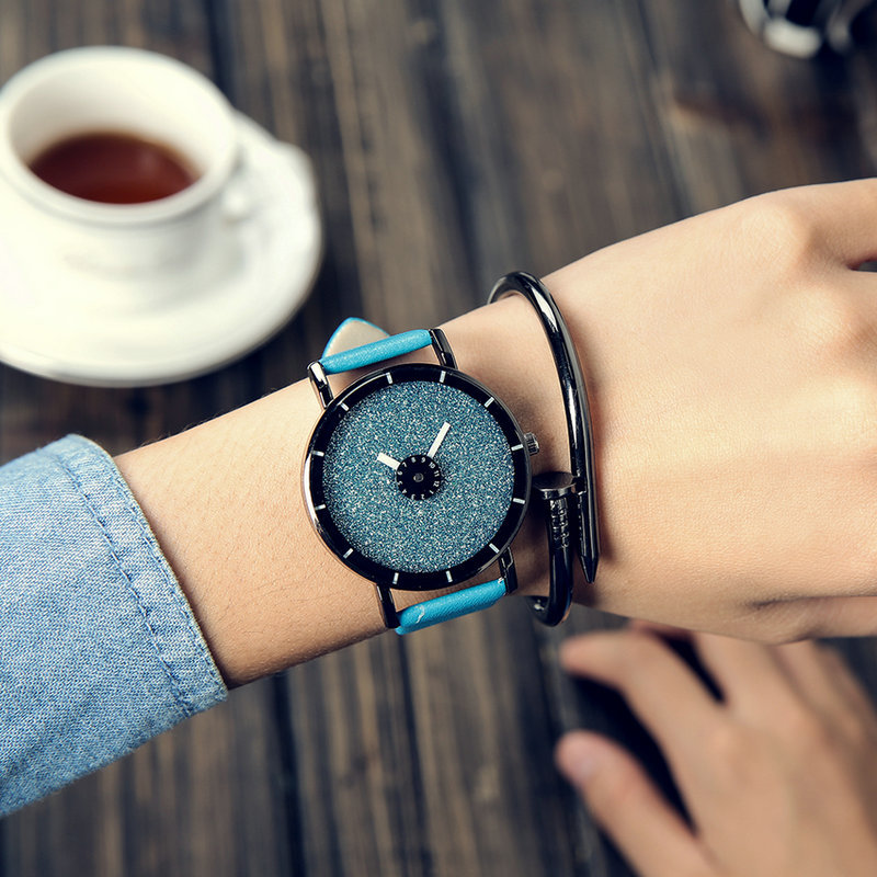 2016 ALIEXPRESS HOT fashion men and women`s watch top brand luxury quartz leather strap A90 wrist watches