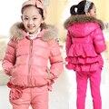 Холодная зима девушка набор новый 2016 3D Цветок детские зимняя одежда набор меховые девушки пальто комплект одежды куртка детская одежда