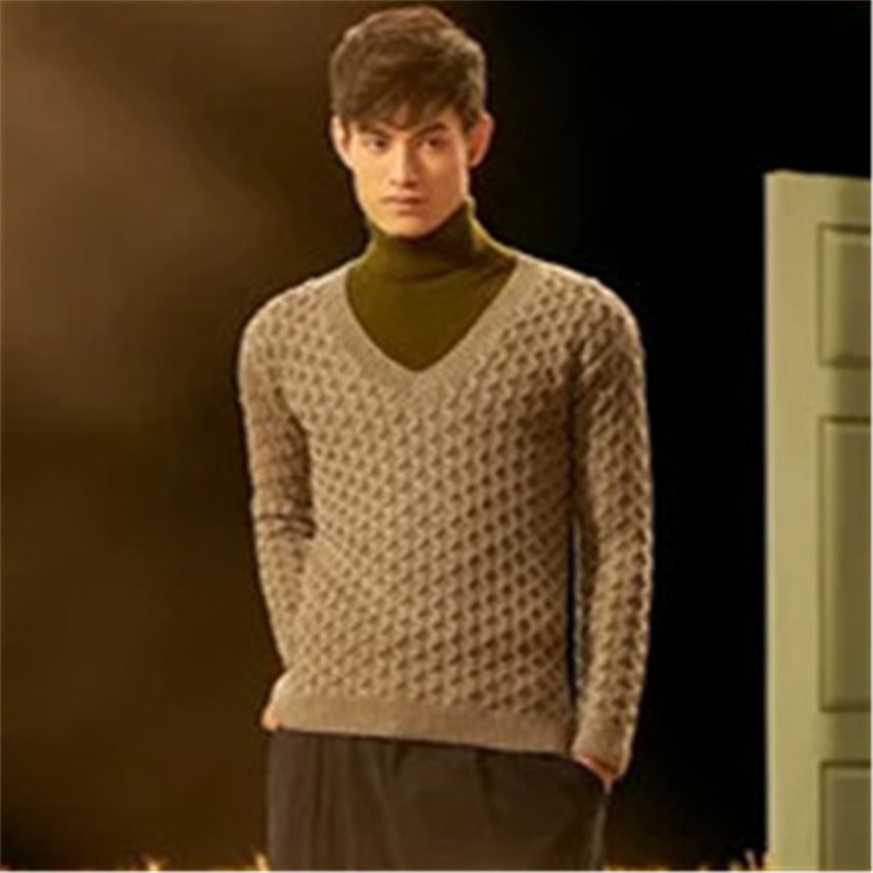 New Fashion 100% Hand Made Pure Wool Low Vneck Knit Men Twist Striped Solid Slim Pullover Sweater Customized