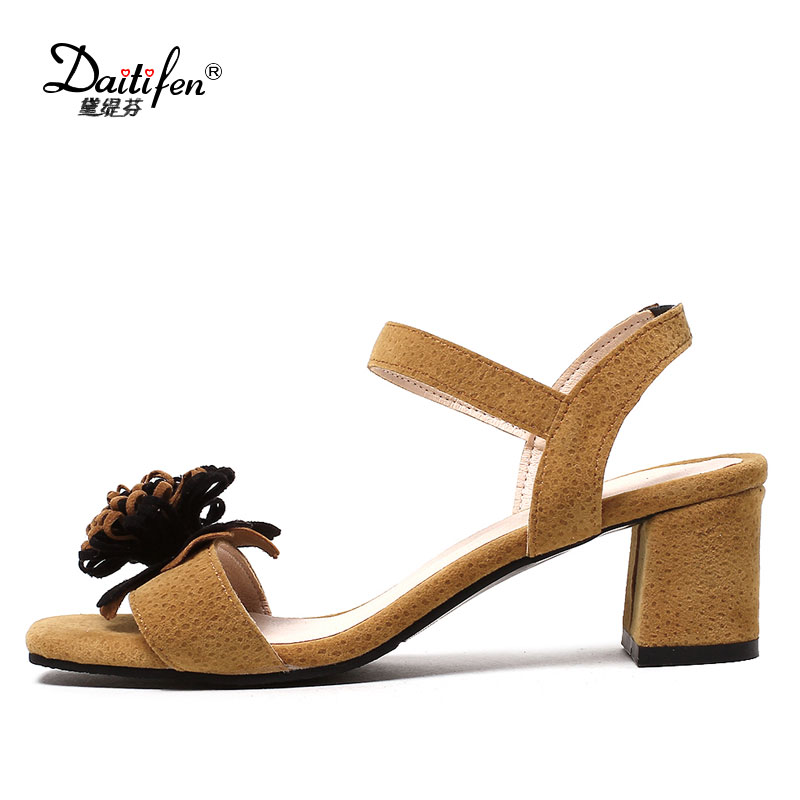 Daitifen Mature Floral Summer Shoes Woman Sandals Comfort Med Heels Ankle Strap Sandals Women -8831