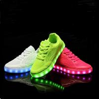 Children shoes 2018 new spring summer breathable USB charging shoes boys girls LED Luminous shoes fashion kids glowing shoes