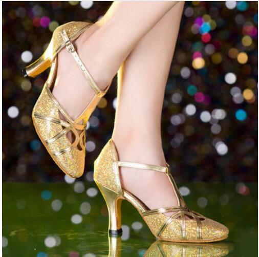 dfeea3869 Brand New 2017 Ouro Prata Mulheres Ballroom Tango Salsa Dança Latina sapatos /sapatos de Salto Alto 8 cm 5.5 cm Barato Dedo Do Pé Fechado Sapatos de  Salsa