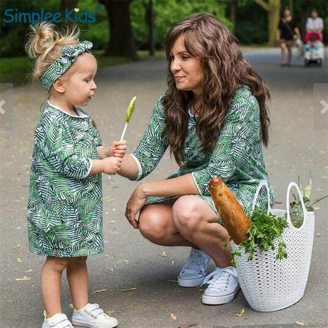 Family Matching Outfits Floral Dress Mother Daughter Dresses 2019 Spring Kids Clothes Mom Daughter Clothes Family Clothing