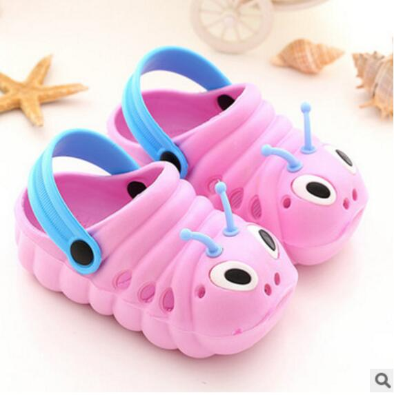 Free shipping Slippers 2018 Summer Children s shoes baby sandals Girl  slippers rubber shoes Baby Caterpillars Boy Home shoes 43-in Slippers from  Mother ... 7fc2390e6