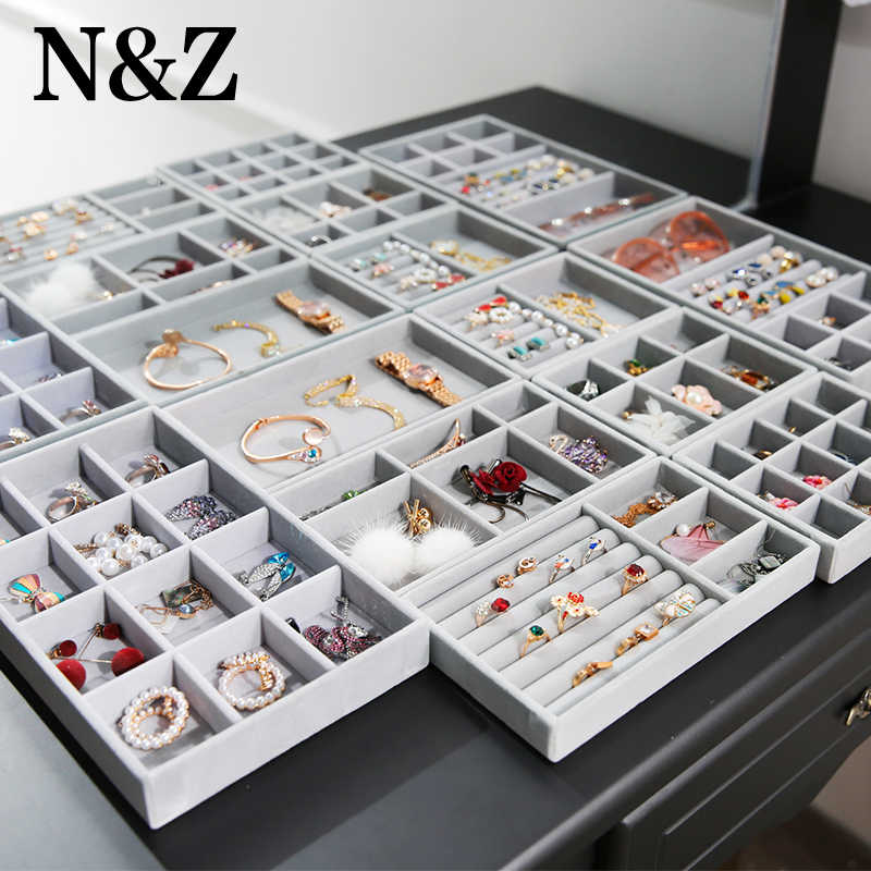 N&Z New Small Type Grey Fabric Jewelry Display Storage Case With Earrings/Pendant/Ring Jewelry Organizer D1121
