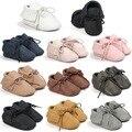 2017 PU zapatos de bebé Del Muchacho Del Bebé Mocasines de Cuero Suave Moccs Bebe Franja antideslizante Calzado de Suela Blanda Zapatos del Pesebre Infantil 0-18 m