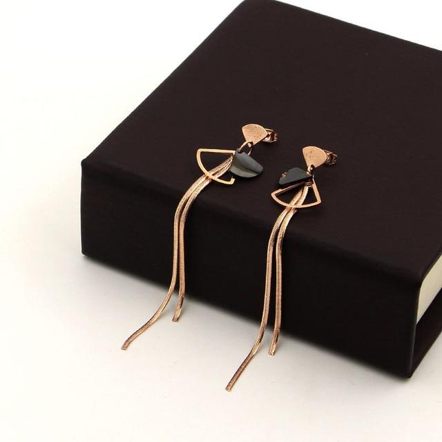 Купить серьги из титановой стали веерообразная цепочка черного розового