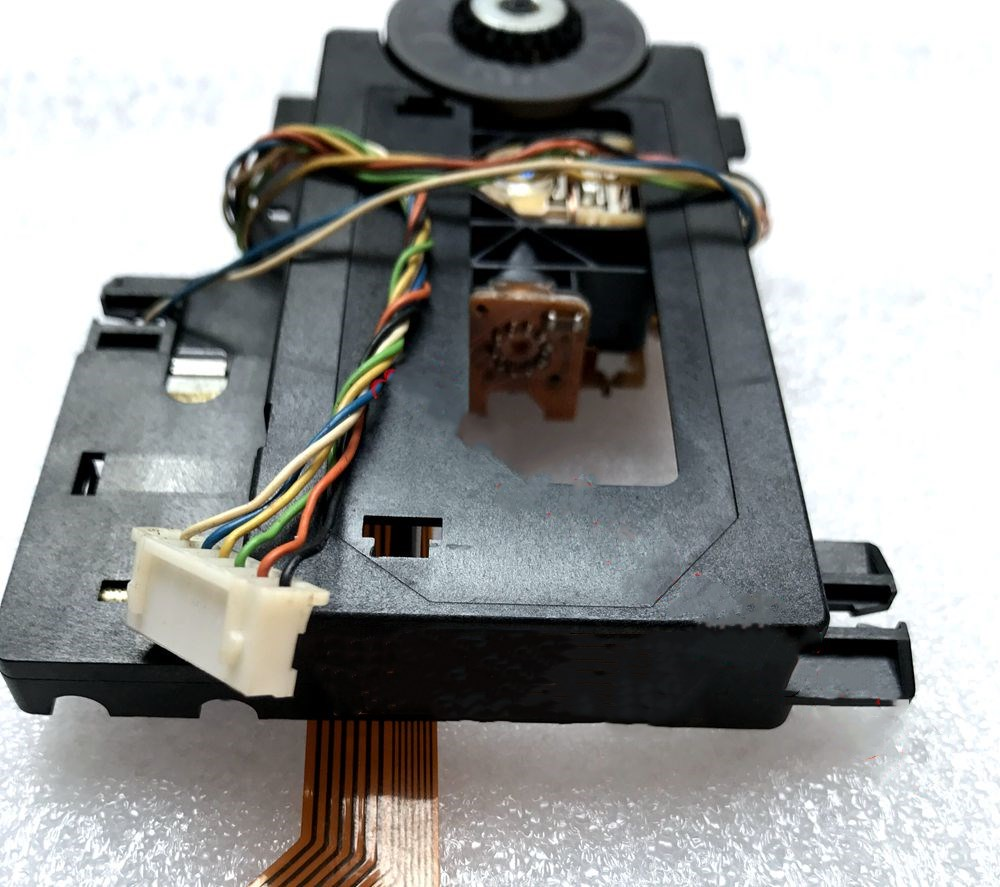 Original Ersatz Fü<font><b>r</b></font> <font><b>GRUNDIG</b></font> <font><b>R</b></font>-102 CD-Player Laser Linse Montage R102 Optical Pick-up Bloc Optique Einheit image