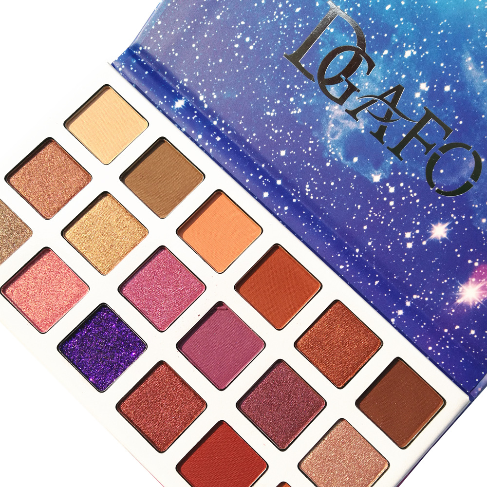 цена на DGAFO New 18 Colors Eyeshadow Palette Smoky Shimmer Cosmetics Matte Glitter Shimmer Eye Shadow Makeup Palette Eyeshadow Palette