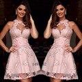 Elegante Corto de Color Rosa Vestidos de Coctel Del Halter Appliques Del Cordón Corto Vestido de Fiesta Sin Respaldo Vestidos de Partido Plus Robe de Cocktail 2016