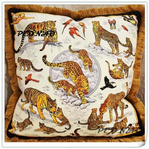 Classique de Luxe D'or de Velours Plaine Coussin Couverture Souple Tiger Leopard Lion Animal Décoratif Taie d'oreiller Décoration de La Maison